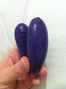 We-Vibe 3 - Couples Vibrator Sex Toy | We-Vibe Classic Couple's Vibrator Review by Cara Sutra