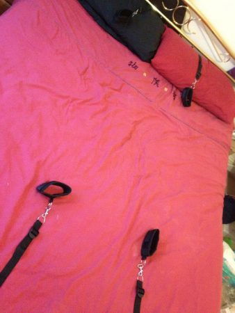 Fetish Fantasy Bed Bindings Under Mattress Restraints Kit Review