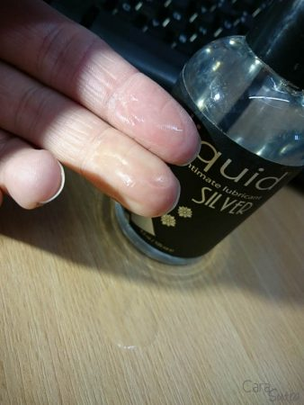 Sliquid Silver Silicone Lube cara sutra review-9