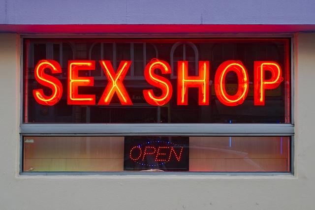 sex shop frolicka article