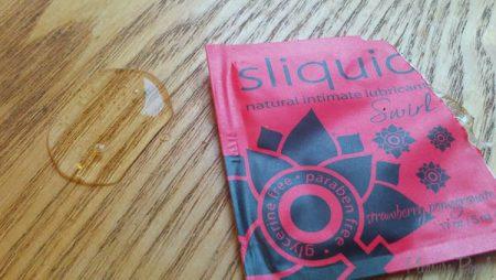 Sliquid Swirl Strawberry Pomegranate Flavoured Lube Review
