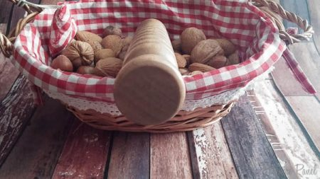 FreudeAnHolz Taurus Walnut Wooden Dildo Review Cara Sutra Pleasure Panel-4