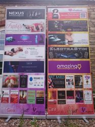 the blogspot roller banners