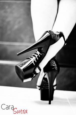 Cara-Sutra-High-Heels-Mistress-Cara-Black-and-White
