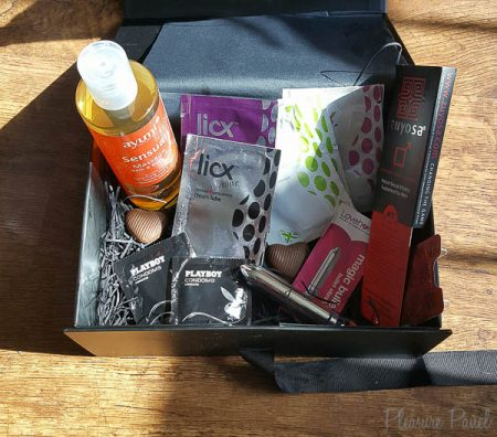 DewciBox Monthly Sex Toy Subscription Box Review April 2016 Delilahxx-3