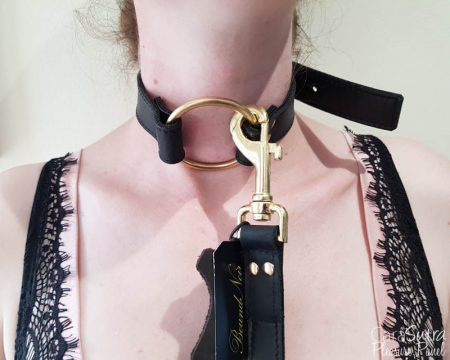 Loving Joy Bound Noir Nubuck Leather O-Ring Choker Collar Review